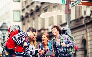 سفر های گروهی و شرکت در تورهای گردشگری